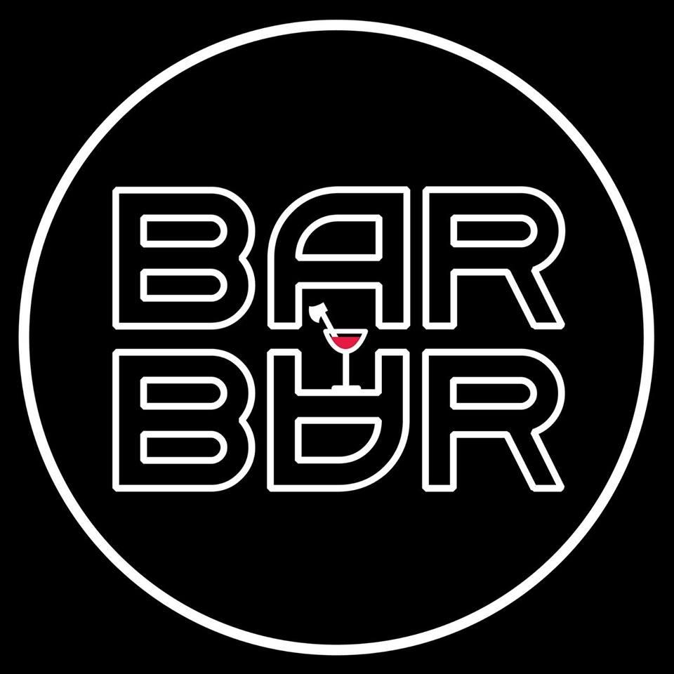 <a href='http://hellogyor.hu/de/gastronomie/barbar/'>Barbár</a>