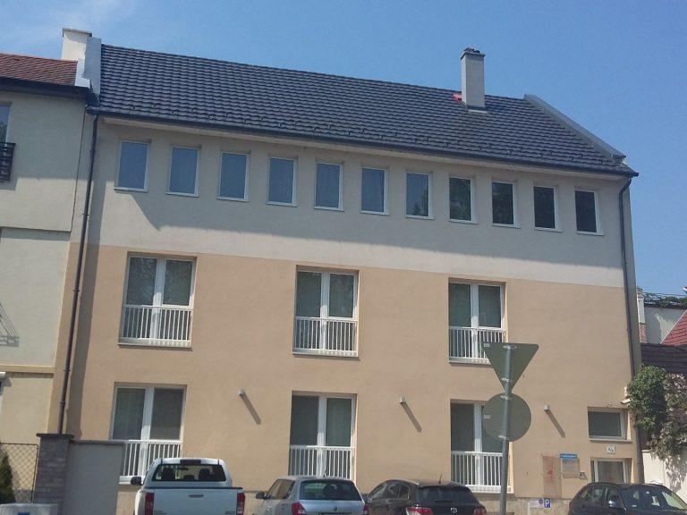 <a href='http://hellogyor.hu/de/unterkunft/bercsenyi-home-apartman/'>Bercsényi Home Apartman</a>
