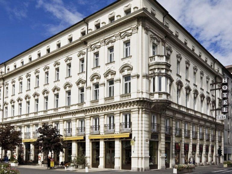 <a href='http://hellogyor.hu/en/accomodation/hotel-raba-city-center/'>Hotel Rába City Center ***</a>