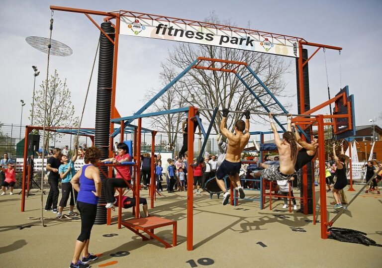 <a href='http://hellogyor.hu/de/aktive_freizeit/baratsag-sportpark/'>Barátság Sportpark</a>