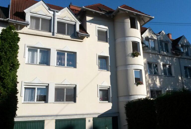 <a href='http://hellogyor.hu/de/unterkunft/gyori-apartman/'>Győri Apartman</a>