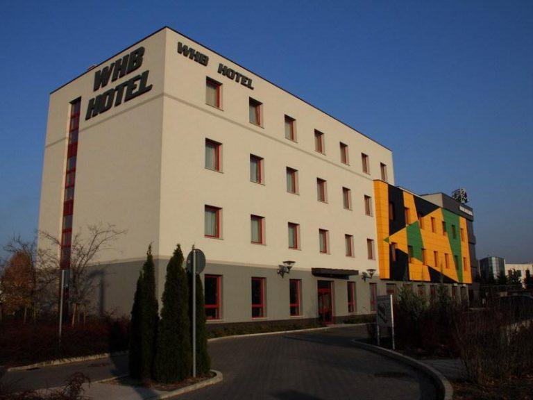 <a href='http://hellogyor.hu/de/unterkunft/whb-hotel/'>WHB HOTEL ***</a>