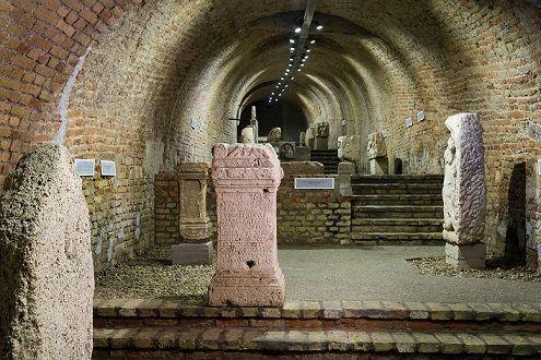 <a href='http://hellogyor.hu/en/sights/castle-casamate-lapidarium/'>Castle Casamate – Lapidarium</a>